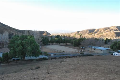 overview of roping arena